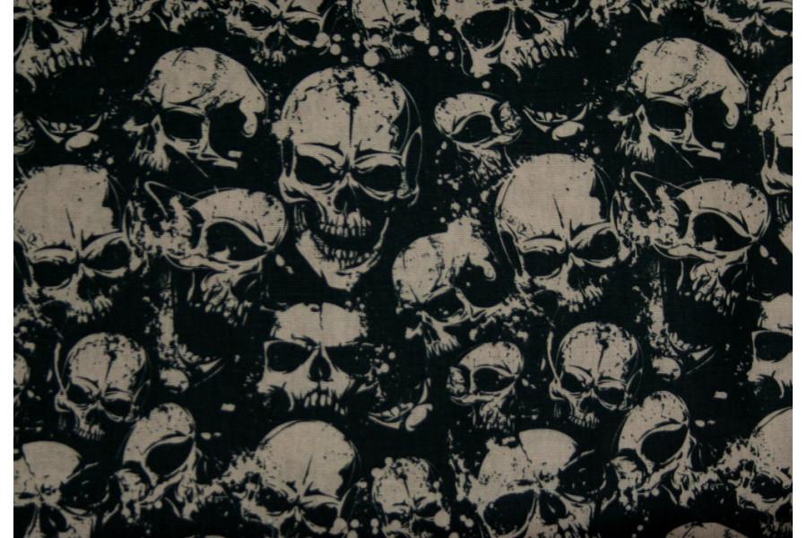10cm Baumwolldruck Skulls Taupe auf Schwarz (Grundpreis € 11,00/m)